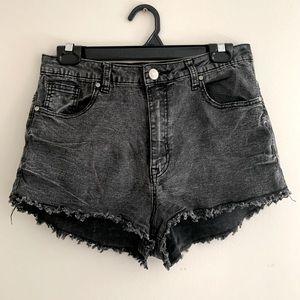 CALI gray highwaist denim shorts